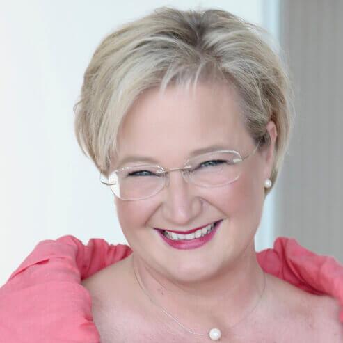 Irene Fellner: Was geschieht in der Lebensmitte – Themen, Herausforderungen und Wege